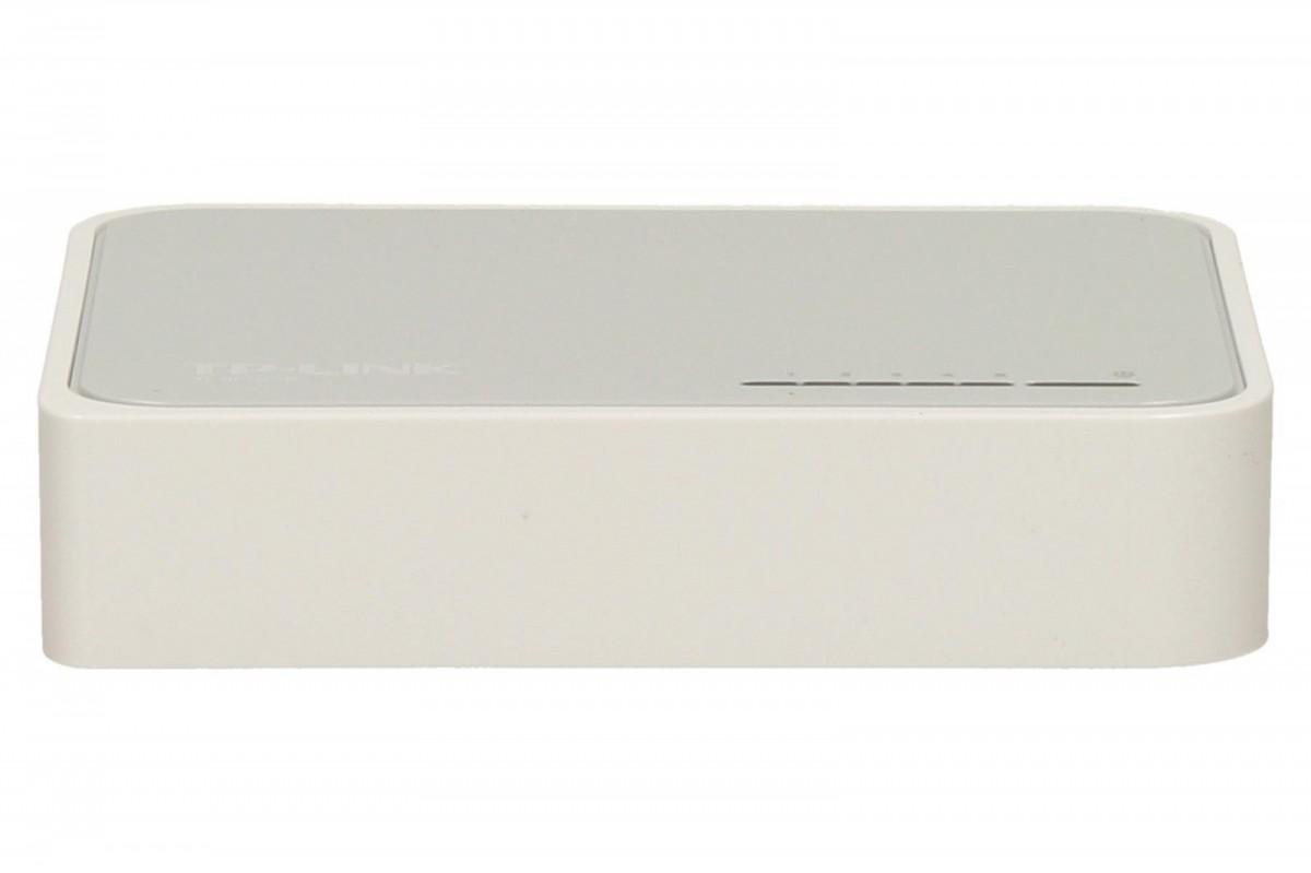 SF1005D switch L2 5x10/100 Desktop