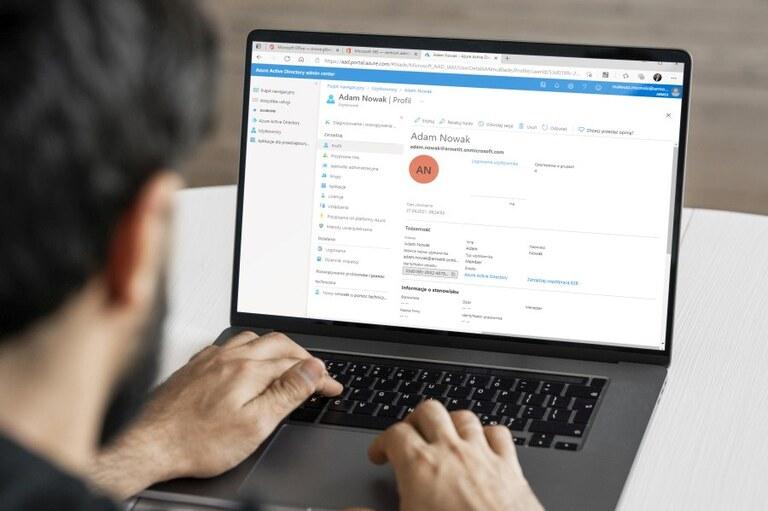Zarządzanie użytkownikami w Azure Active Directory