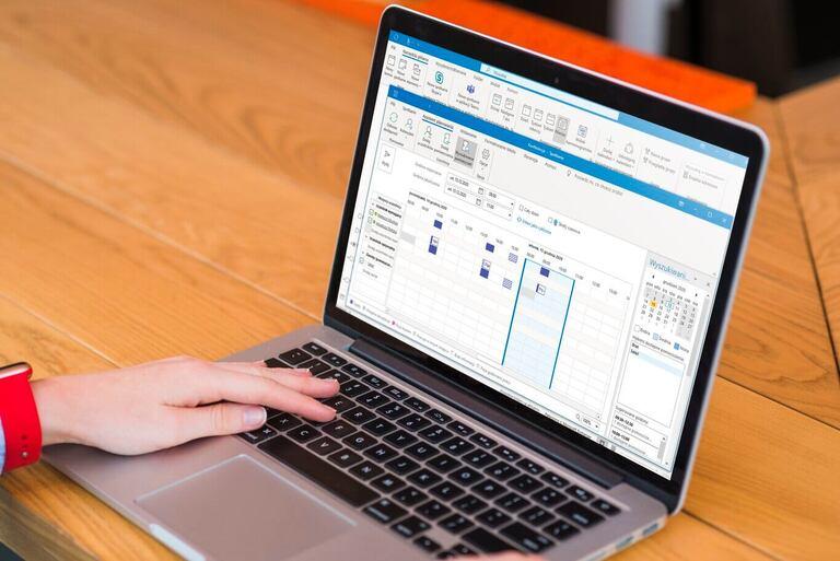 Asystent planowania w Outlooku